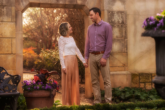 Engagement photo session in at Dallas Arboretum