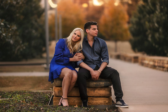 Engagement photo session in nice park at University of Texas at Dallas