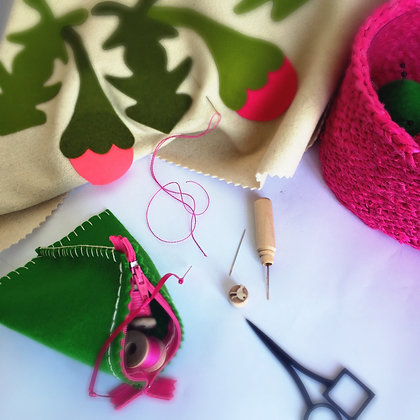 HOT PINK SEWING BASKET & EMERALD ACCESSORIES