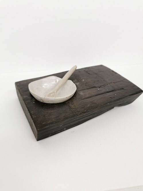 Seasoning Pinch Pot with Spoon on Oak Stand