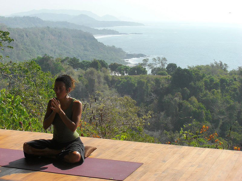 yoga-instructor-costa-rica