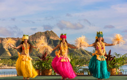 Royal_Hawaiian_Luau-1024x648