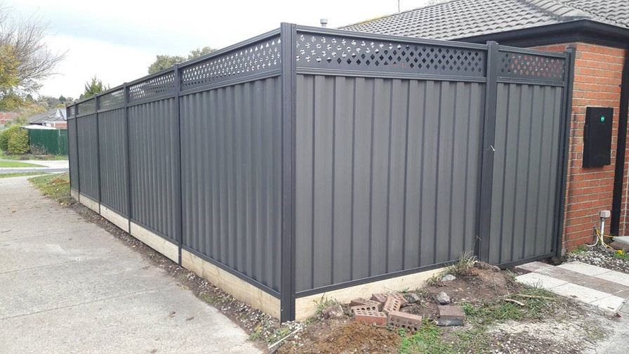 Colorbond Fence with Lattice