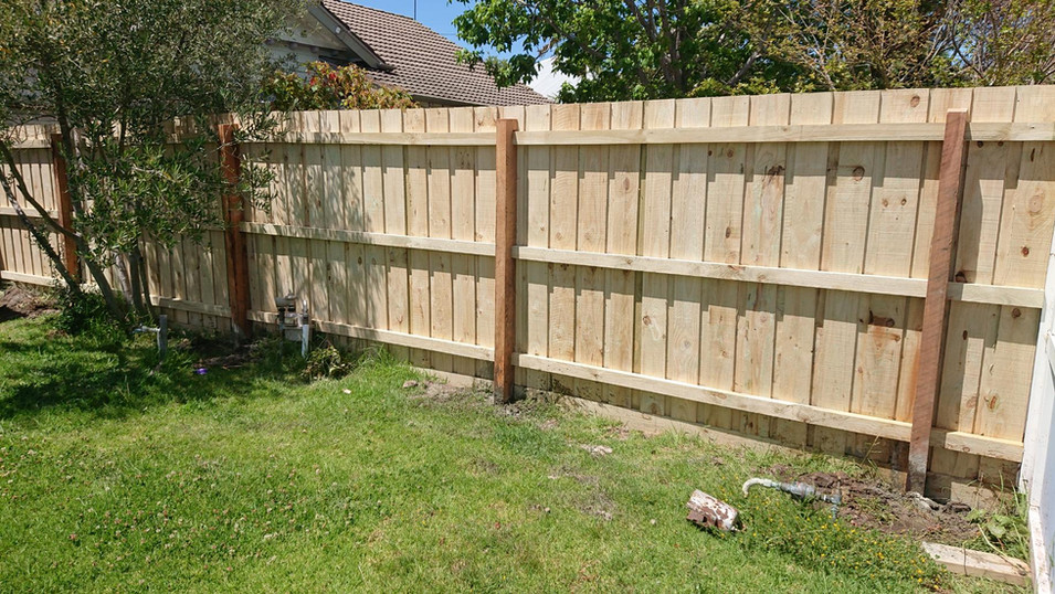 Standard Timber Fencing