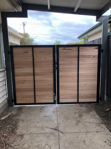 1.8m Silvertop Ash Shiplap Double Gate with black frame - Back