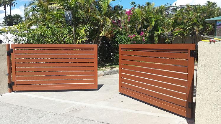 knotwood horizontal slat gates.jpg