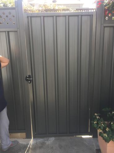 1.8m Colorbond Gate