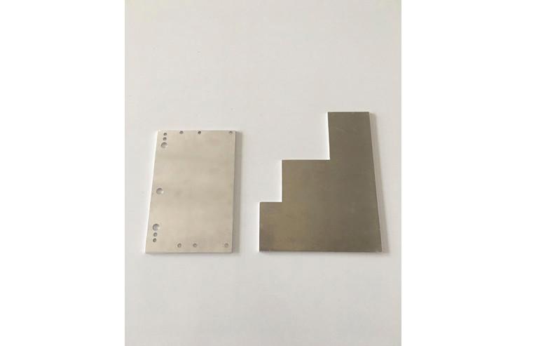Aluminium Platten als Grundlage für Platinen