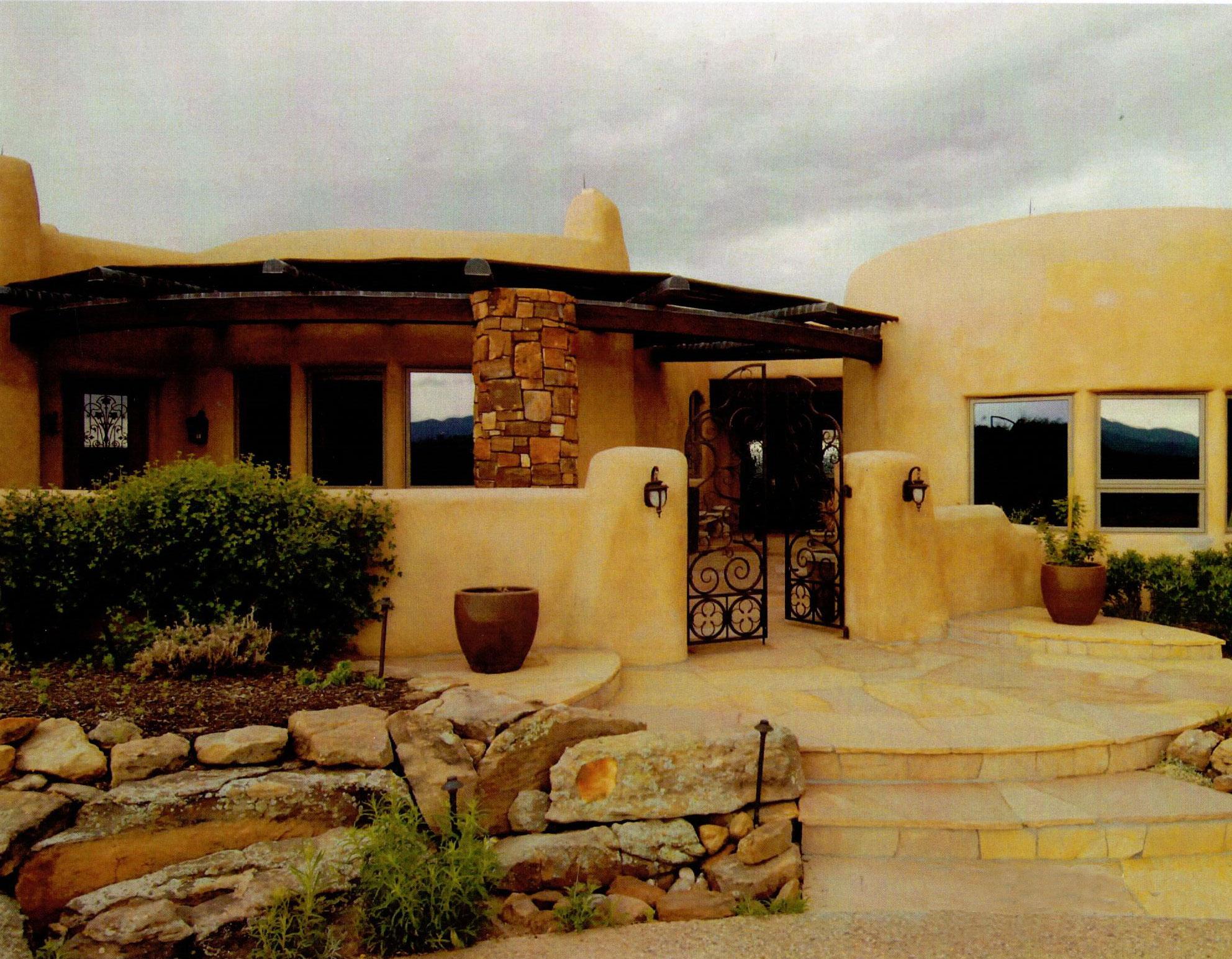 Gougis Residence - Entry Court