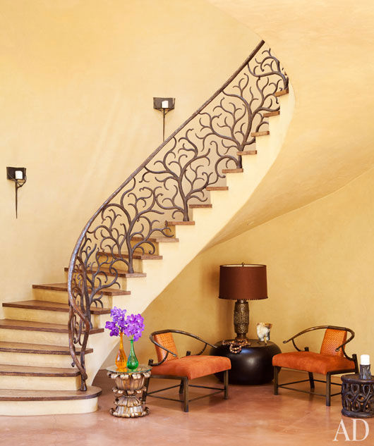 will-jada-pinkett-smith-home-04-staircas