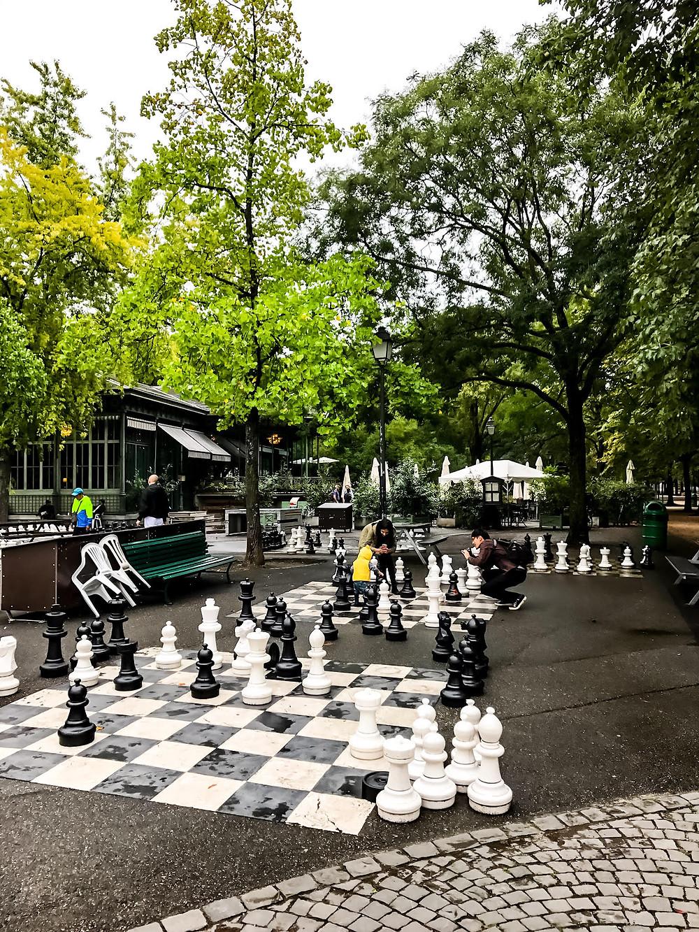 Chess in le Parc des Bastions