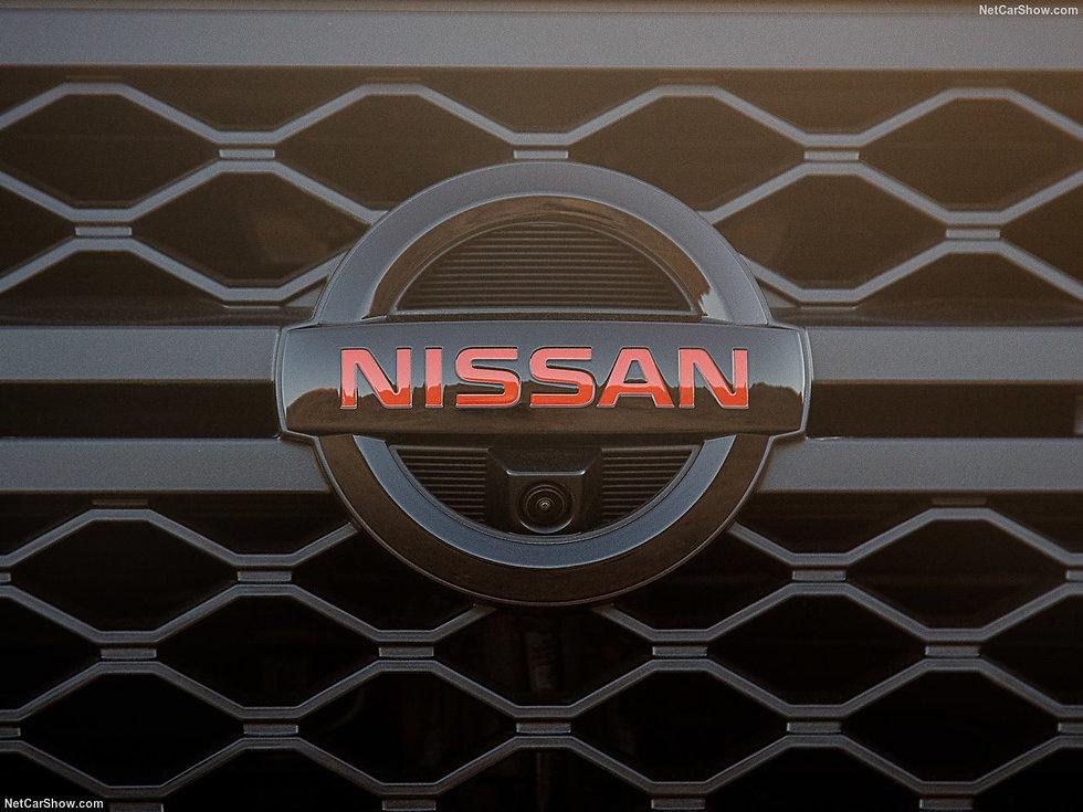 Nissan-Titan-2020-1280-4f.jpg