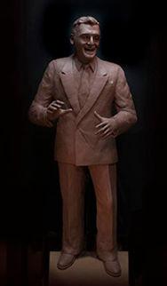 Website Sm-Frankie Laine Clay Sculpture.