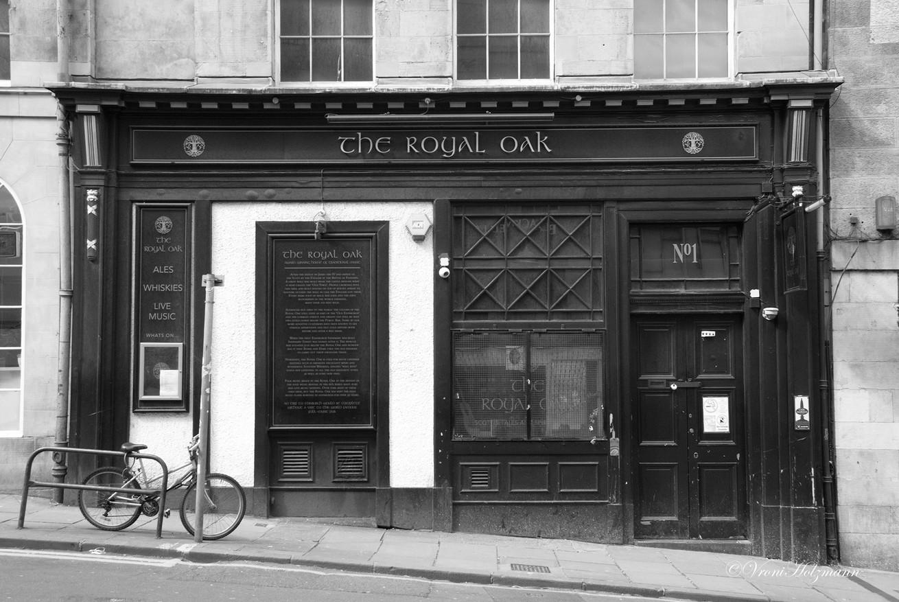 The Royal Oak is Closed