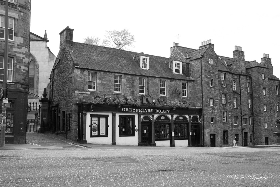 Greyfriars Bobby's is Closed