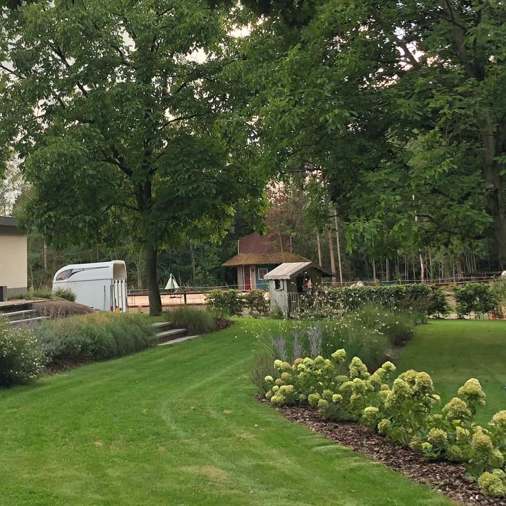 De landschappelijke tuin     Zuiddorpe     3000 m²