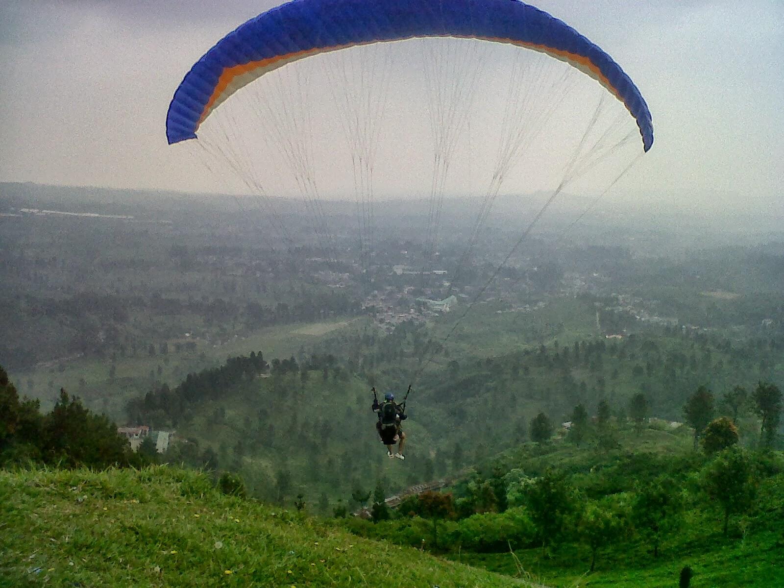 paragliding jakarta intern.jpg