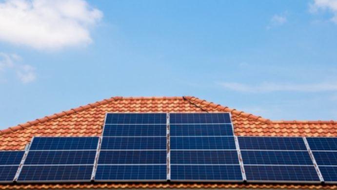 BNDES terá empréstimo para pessoa física instalarem placas de energia solar