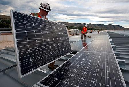 Equipe Transforme Soluções Energéticas - qualidade e confiança na instalação do sistema de energia solar