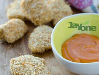 Sesame Chicken Nuggets w/Gochujang Cream Dipping Sauce