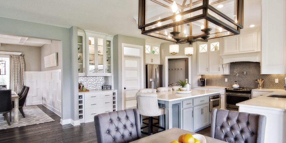 401294264011085_20-looking_into_kitchen_