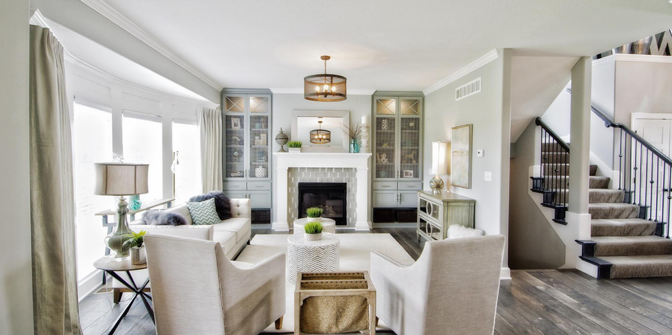 181149974465370_22-living_room_and_stair