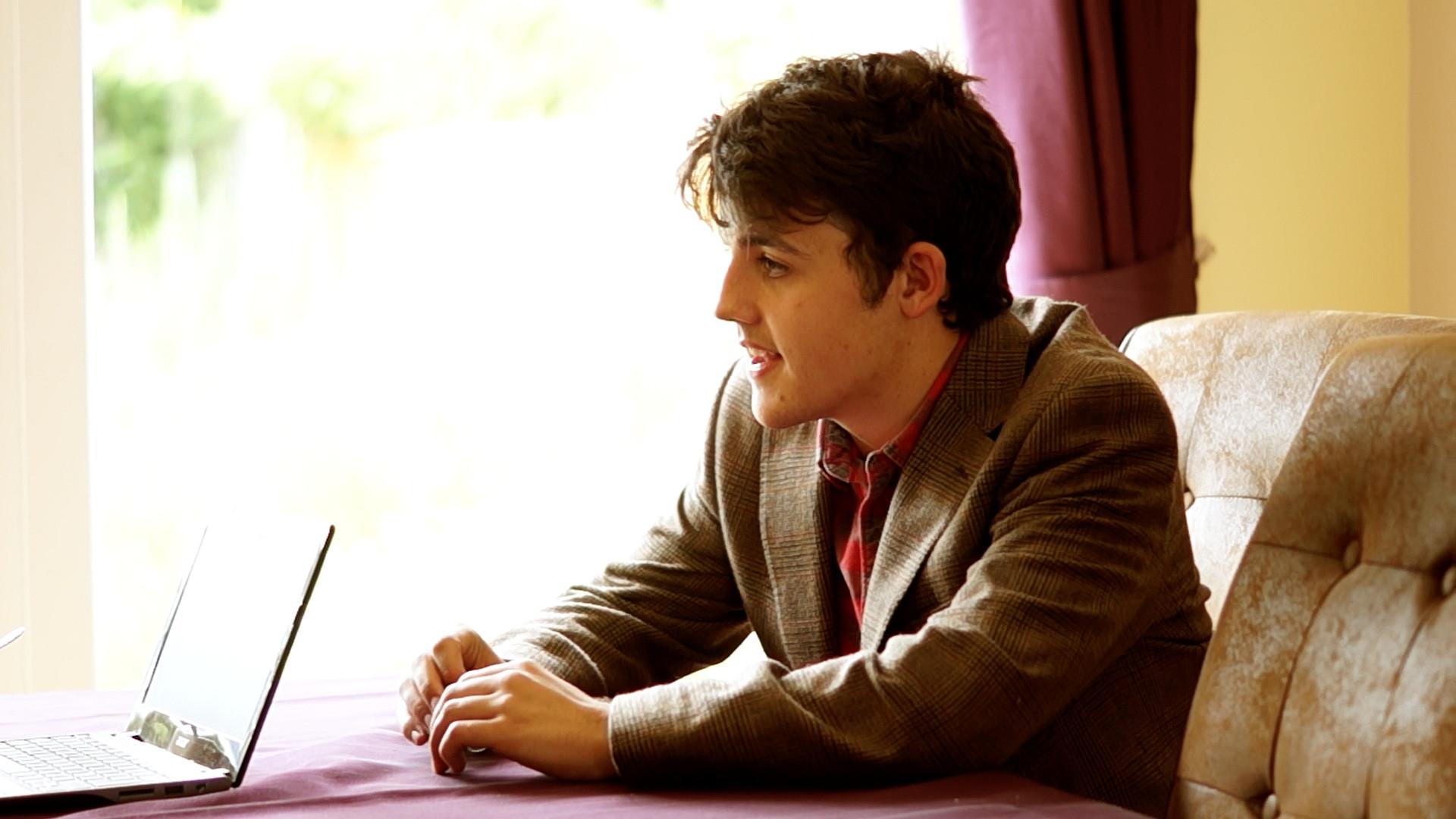 David Thompson as Emmett Shelby