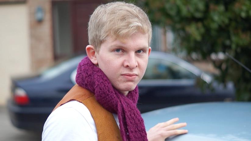 Ben Walker as Chauncey