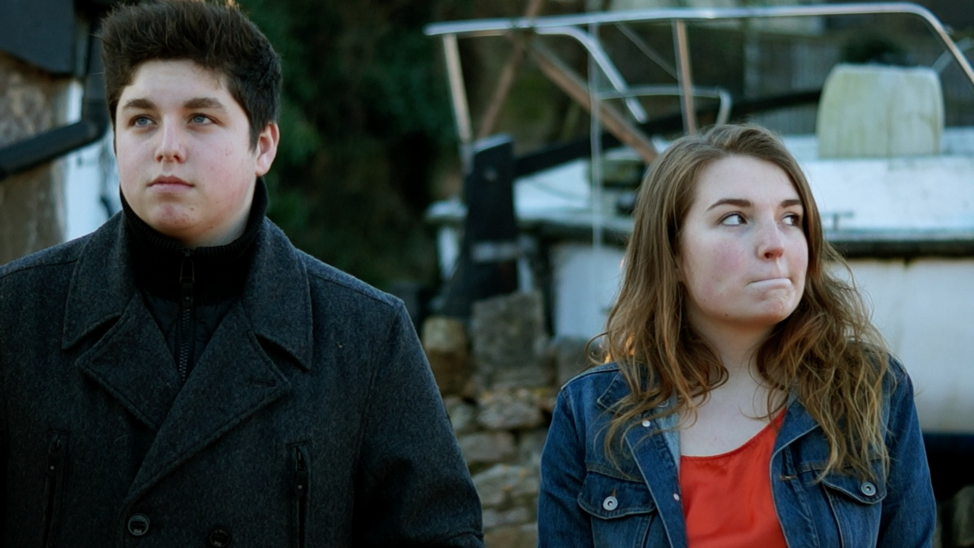 Jack Stringer and Leah Sperring as Barney Fields and Jess Spencer