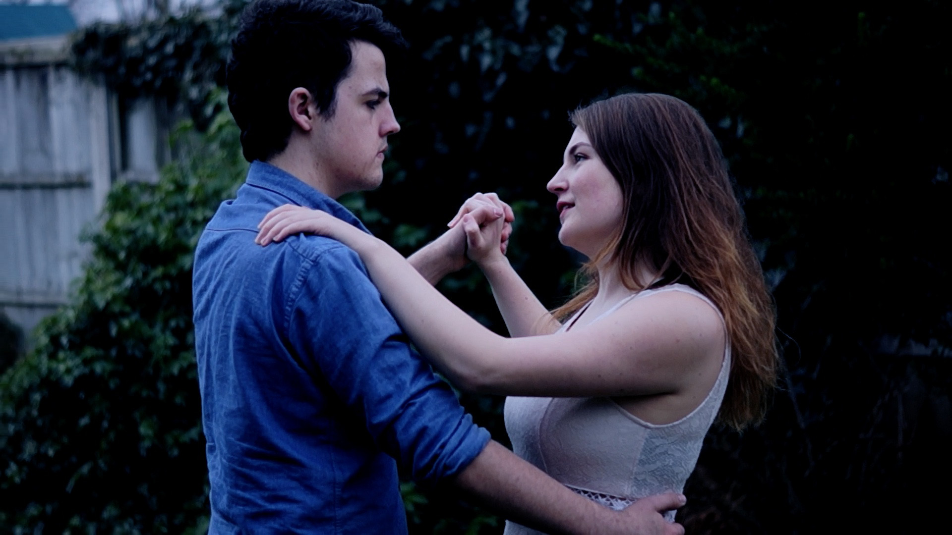 David Thompson and Leah Sperring as Emmett Shelby and Jess Spencer