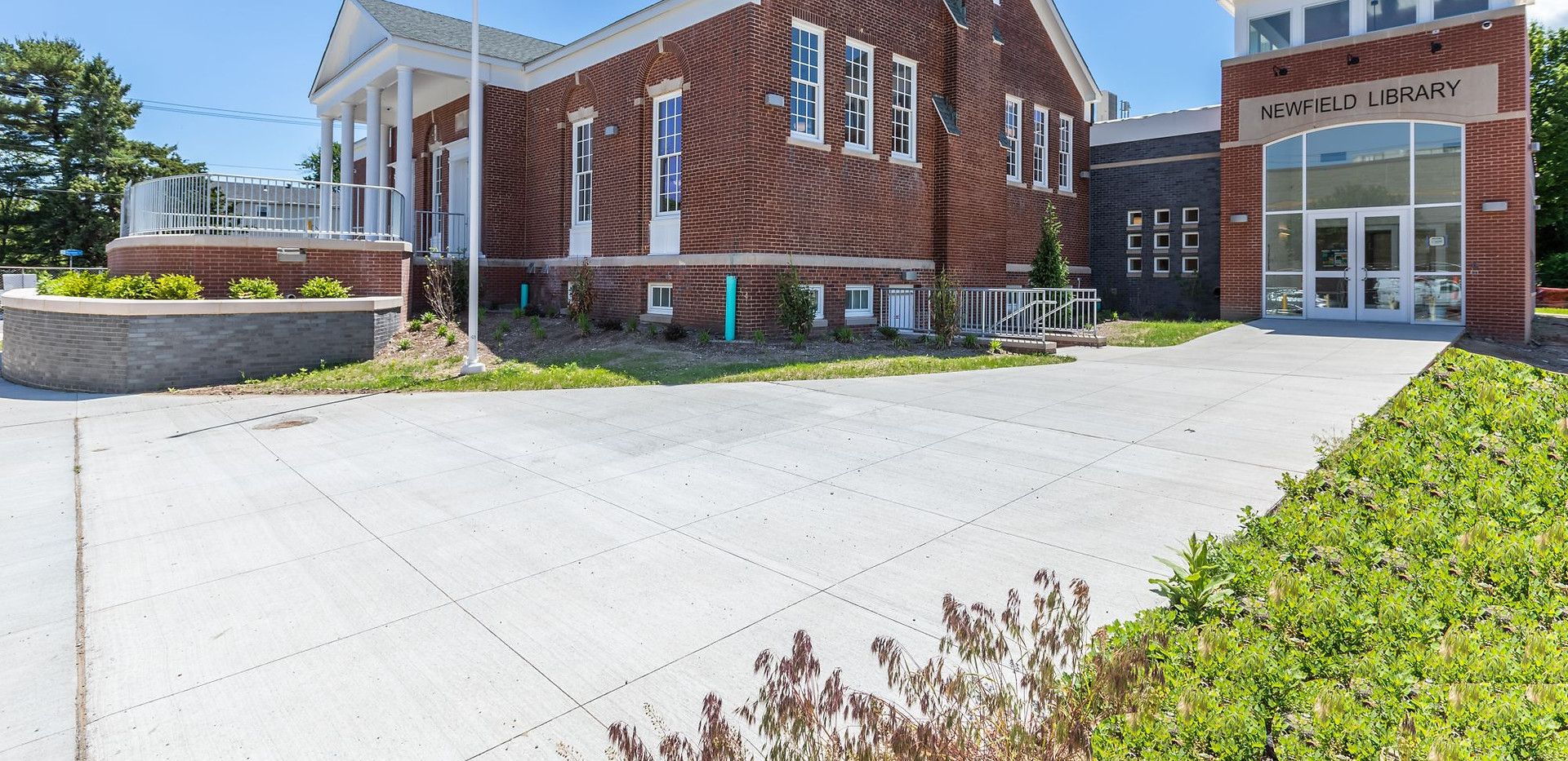 Bridgeport Public Library Newfield Branch (Renovation and Addition)