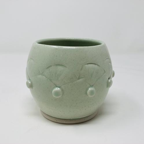 teardrop tea cup