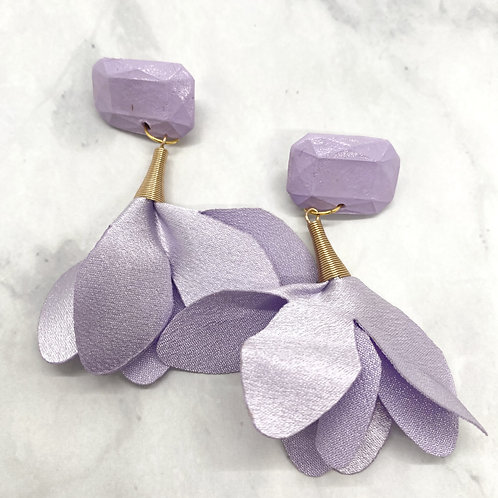 Lavender Trumpet Earrings