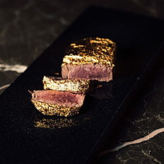 ESCĀ WAGYU GOLDEN STEAK