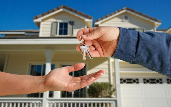 For a foreclosure lawyer denver, call us at 303-618-2122