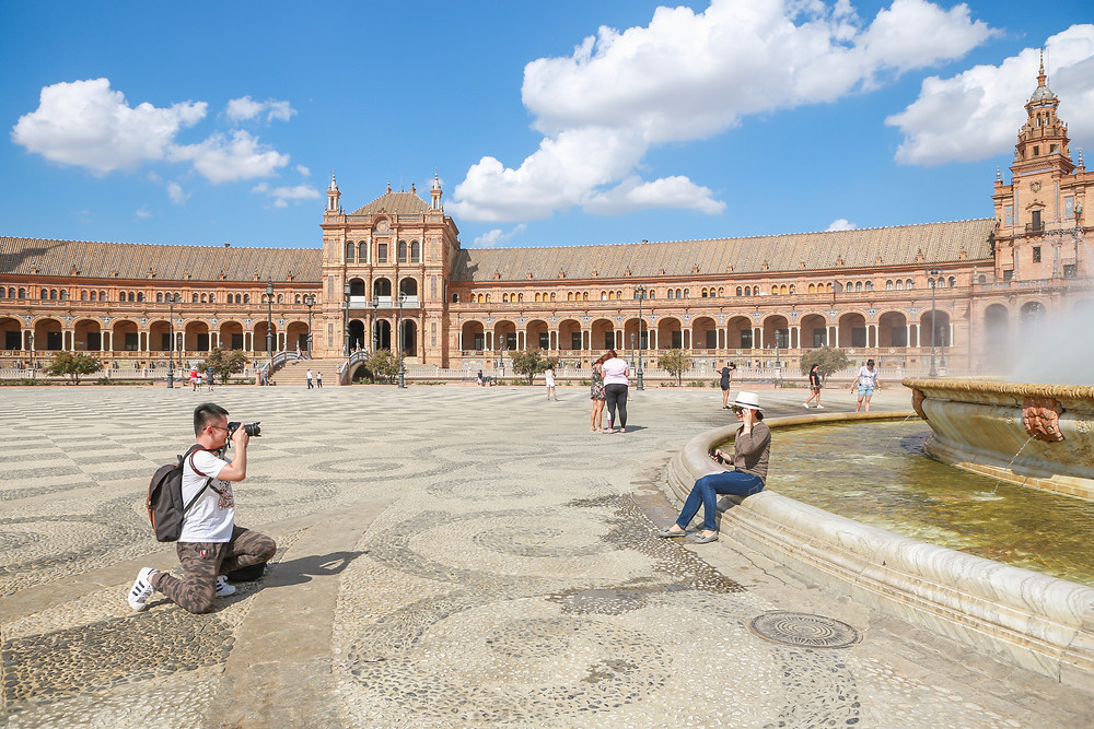 tourists, Sevilla, España, Seville, Spain, study abroad, Rose Wine Photography