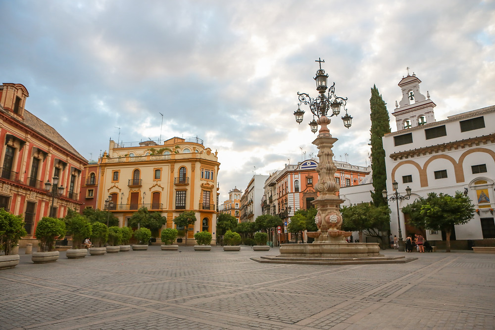 Sevilla, España, Seville, Spain, study abroad, plaza, Rose Wine Photography