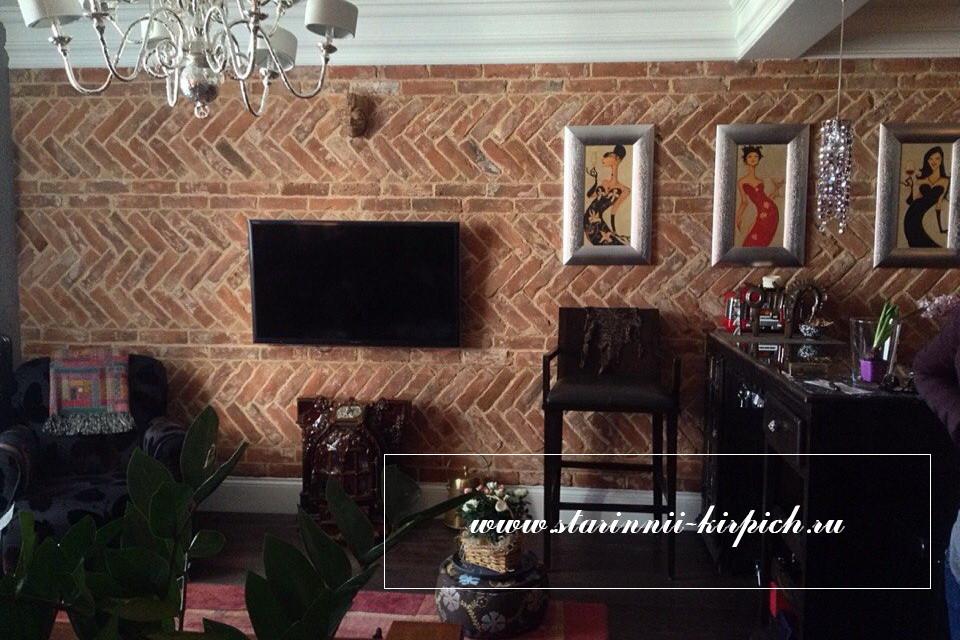 стены из кирпича ручной формовки