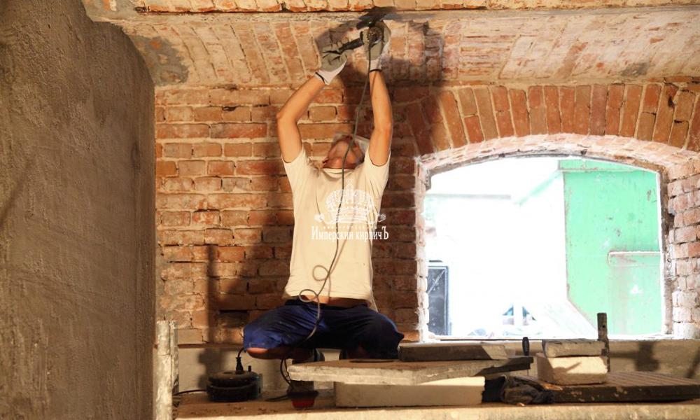 реставрация старого кирпича