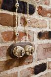 Исторические клейма в интерьере на керамическом кирпиче