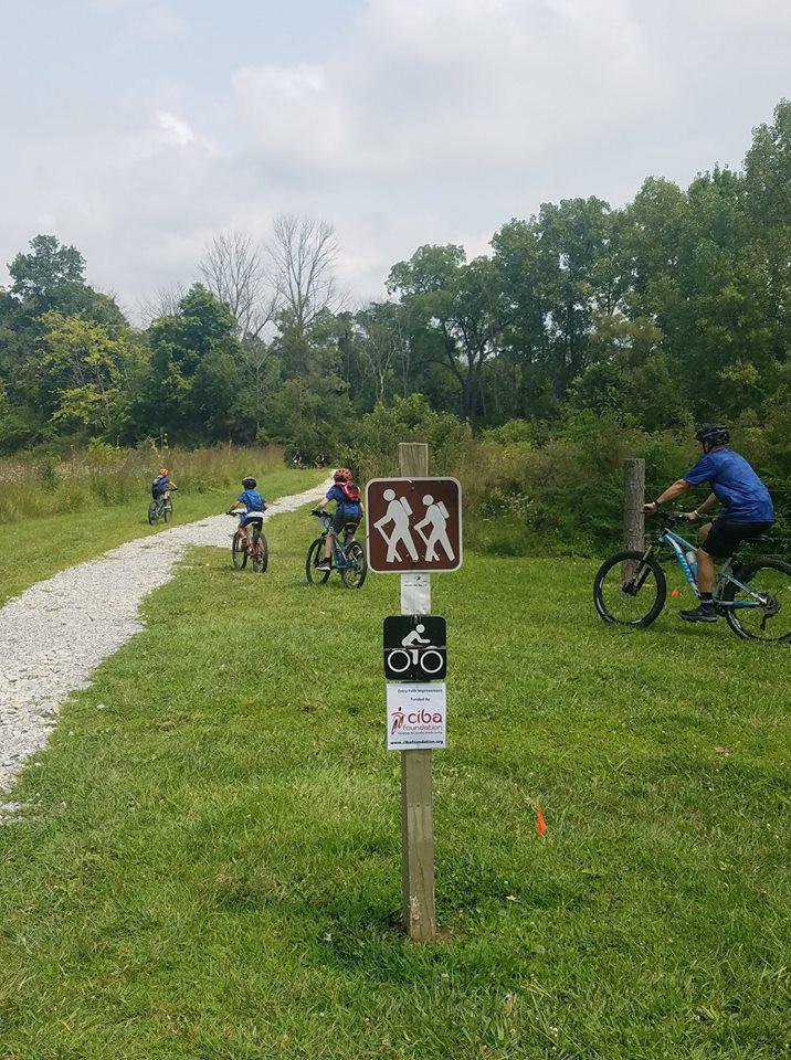 Hayes Arboretum access trail.jpg