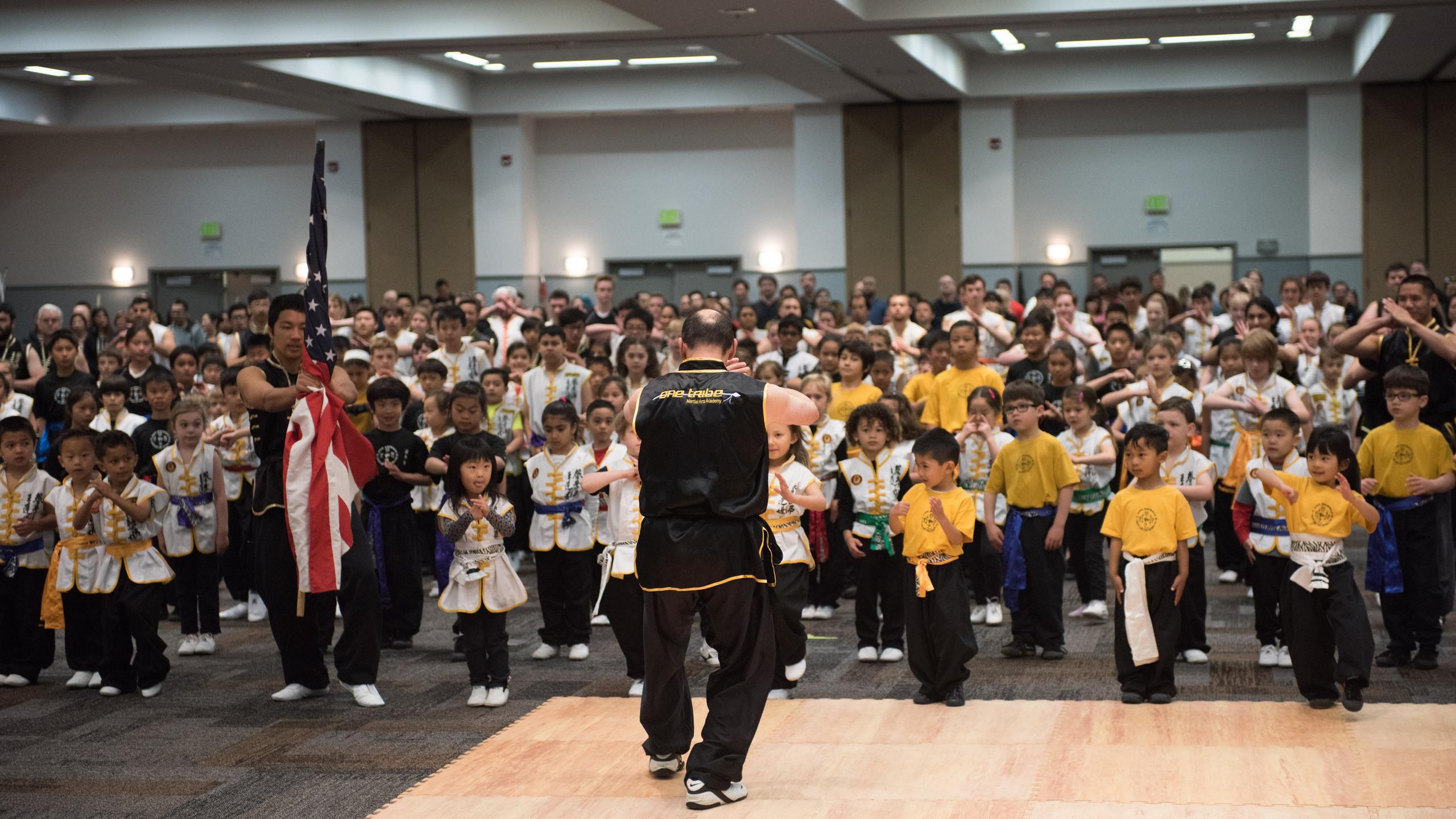 Sifu Barbosa leads the student creed.