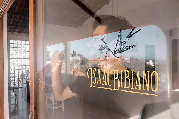 Isaac Bibiano - Mockups 2019 2-03.jpg