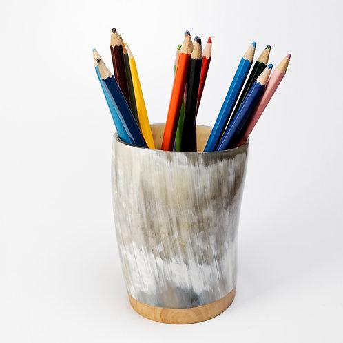 Pot à crayons en corne et peuplier (ref. pc1)