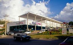 Barão strip mall