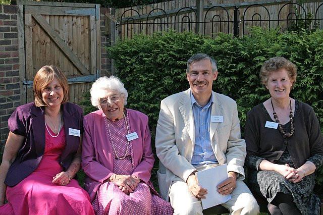 dengate_marjorie_family_reunion_2008.jpg