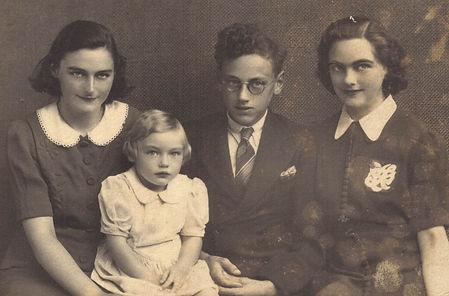 1940_nan-all.jpg