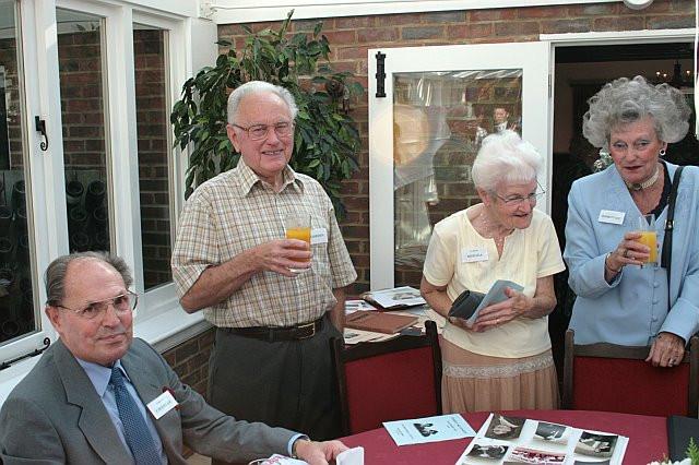 dengate_nathan_family_reunion_2008.jpg
