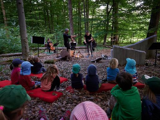 El péndulo im Waldkindergarten