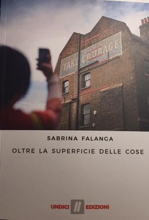 Oltre la superficie delle cose - di Sabrina Falanga